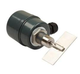 Миниатюрный датчик-сигнализатор уровня сыпучих материалов INNOLevel